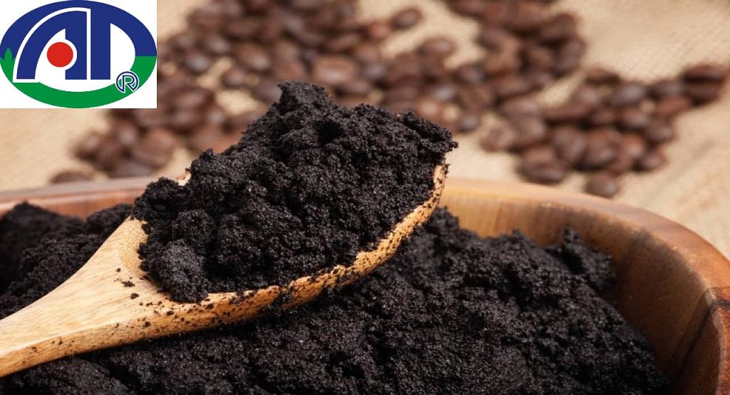 Cách đuổi kiến đen bằng bã cà phê